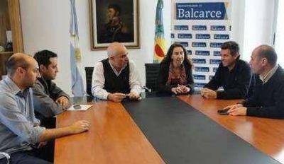Lo anticipó La Vanguardia: Echeverría presentó nuevos funcionarios