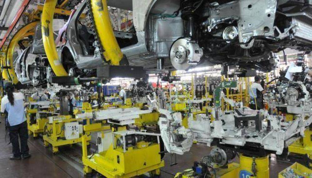 La producción de autos cayó 15,5% en Córdoba