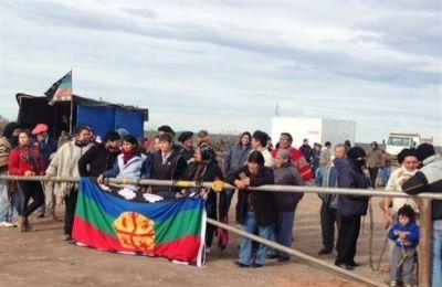 Ordenan el desalojo de mapuches en Mari Menuco