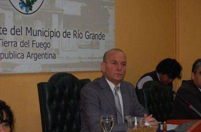 Promueve campañas contra el acoso cibernético e instalación de cajeros en barrios periféricos