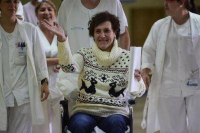 Conmovedora conferencia de prensa de la enfermera espa�ola curada de �bola: