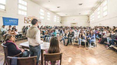 Conectar Igualdad avanza junto a Provincia en la capacitaci�n tecnol�gica a docentes y alumnos