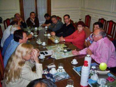 FUNCIONARIOS DEL PARTIDO JUSTICIALISTA SE REUNIERON CON ALDO SAN PEDRO