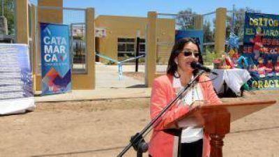 La gobernadora inauguró múltiples obras en Icaño