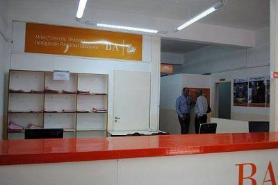 Con importantes presencias, inauguraron oficina local del IPS