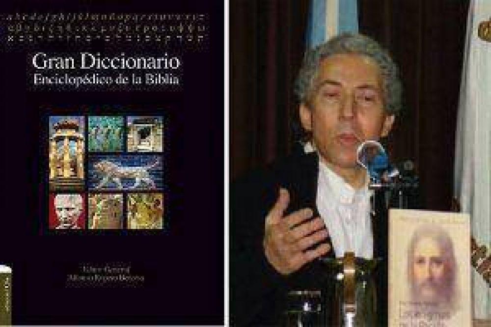 Biblista santiagueño es coautor de un Diccionario internacional