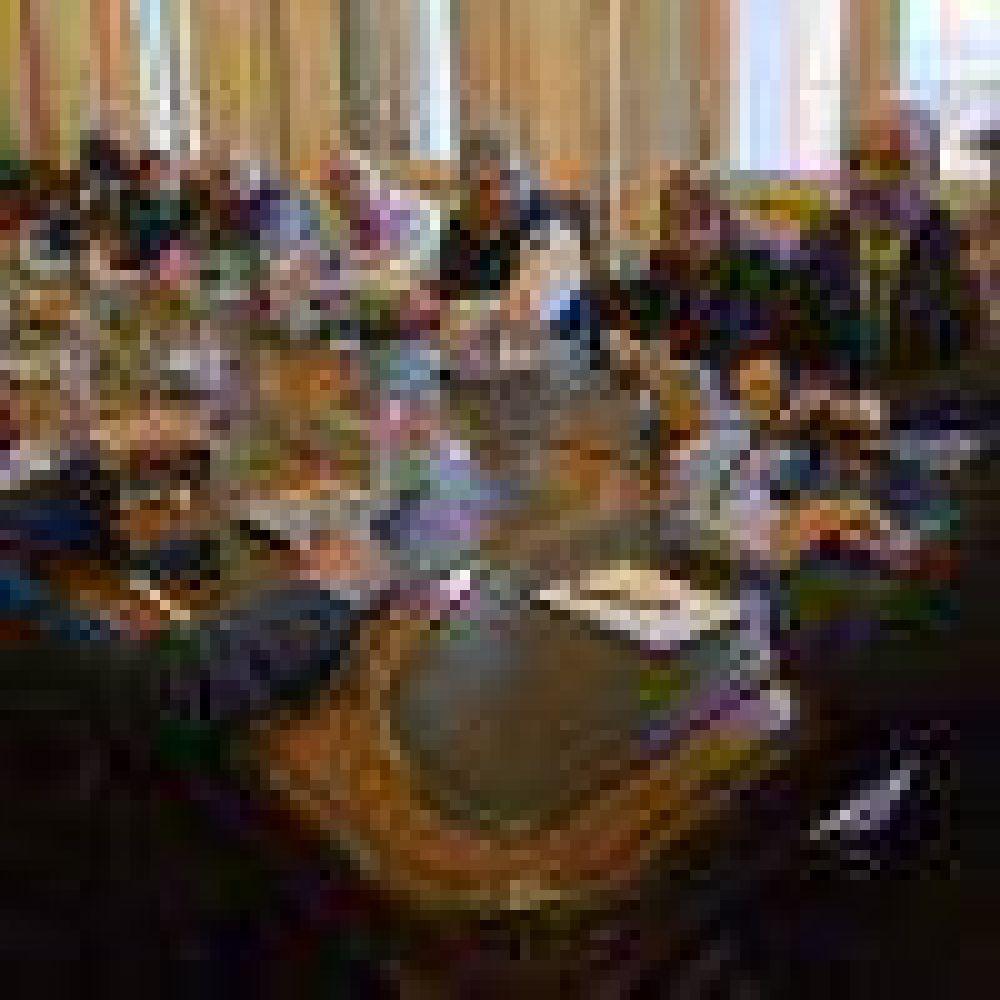 Petroleros continuarán el lunes las reuniones por Ganancias