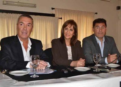 La diputada nacional Mirta Tundis respaldó la candidatura de Miguel Calamari