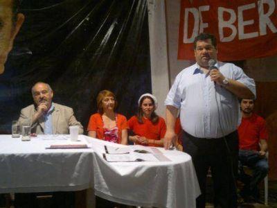 """Asunción de nuevas autoridades radicales: """"Los peronistas nos van a votar y seremos gobierno en el 2015"""", dijo Nedela"""