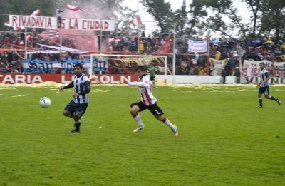 Rivadavia volvió a vencer a El Linqueño