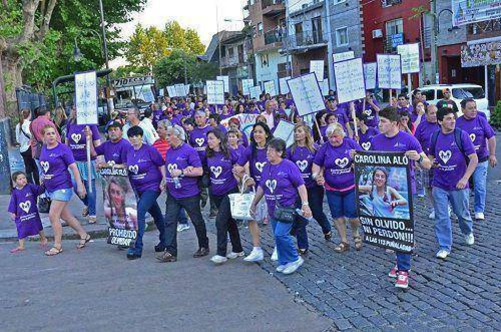 Se realizó la caminata Unidos por la No Violencia, con el gran cierre de Sandra Mihanovich