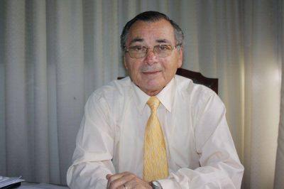 Internaron al intendente Carlos Cecco