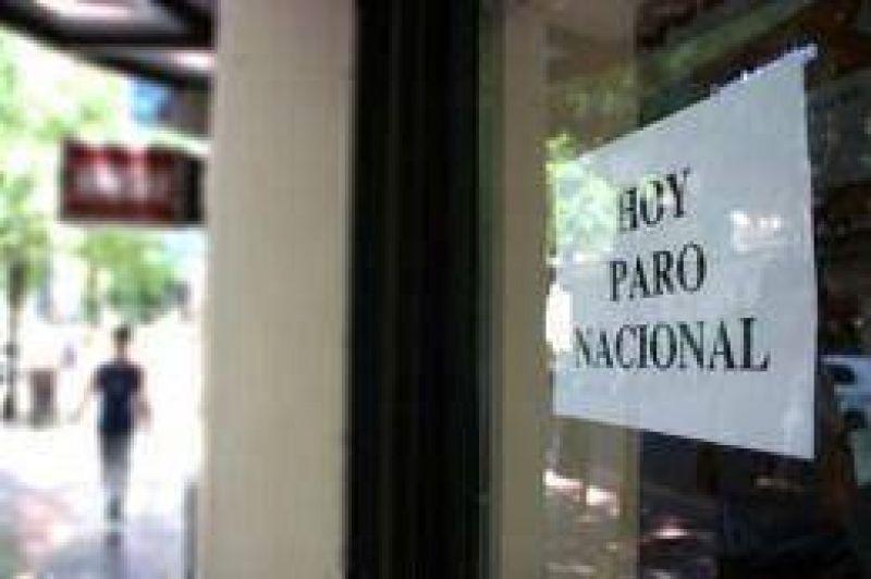 El gremio de bancarios denunció a banqueros y ratificó el paro