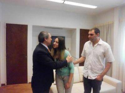 Caso Marisol |El Ministro Casal recibió a Sergio y Celene Rachit con sus abogados