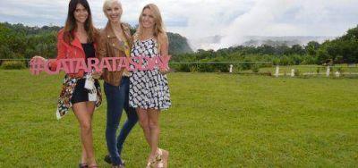 Las modelos m�s bellas y promotoras difundieron el #CataratasDay desde la Maravilla del Mundo
