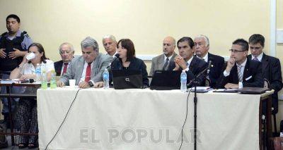 Monte Peloni: la defensa rechazó los pedidos