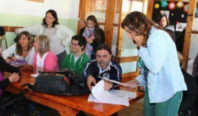 Depositaron el dinero de los sueldos de docentes del Antu Ruca