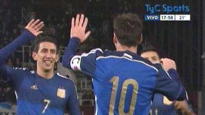 Pase y gol Messi