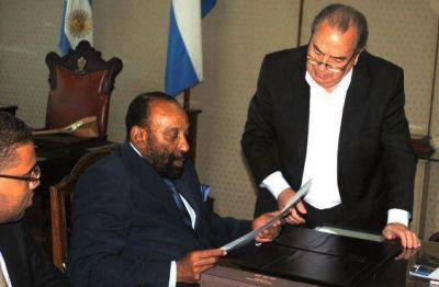 Jorge recibió al embajador de Angola