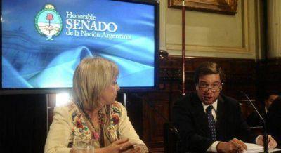 Kirchneristas y opositores abrumaron con críticas al representante de Telefónica