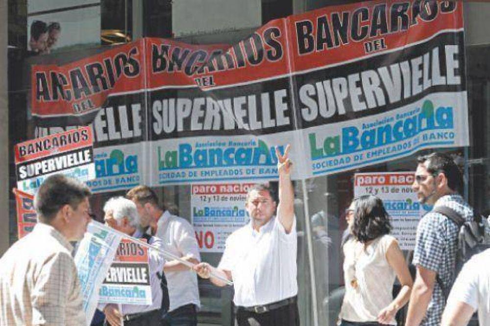 Los bancarios paralizaron la atención al público