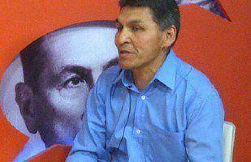 Décadas después, Oscar Cruz fue desplazado de la UTA