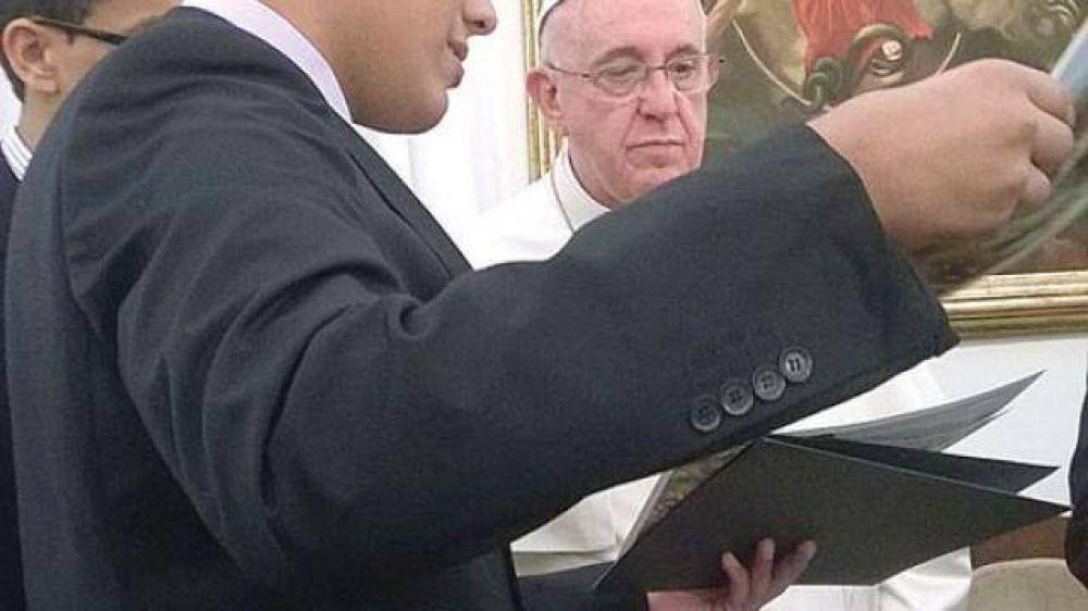 Un joven salteño estuvo con el Papa en el marco del proyecto Scholas