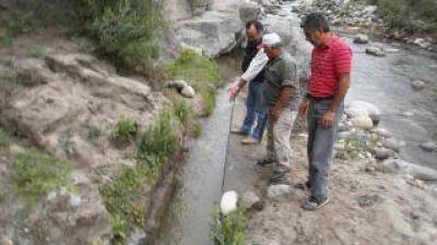 Recuperan canal de captación y conducción para filtros de agua potable de La Puerta Sur