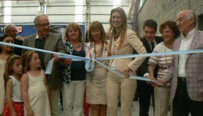 TRAFER inauguró su nueva planta, con la presencia de Giorgi, Sánchez y Moreno