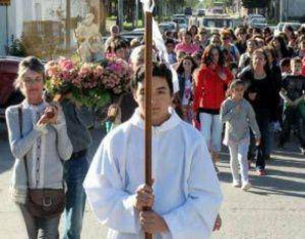 La Sagrada Familia celebró ayer sus fiestas patronales