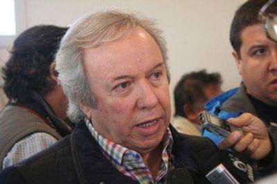 Peralta dijo que el acueducto Lago Buenos Aires es una lucha m�s como las represas