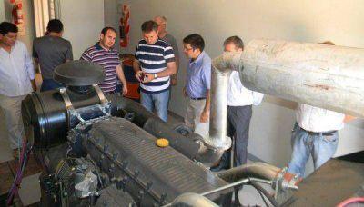 Salud entregó un grupo electrógeno y un vehículo para el hospital Bicentenario de Castelli