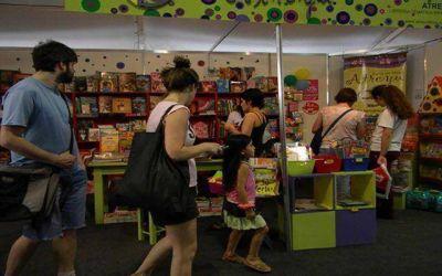 M�s de 55 mil personas visitaron la Feria del Libro