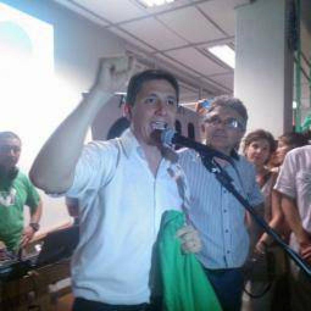 UNLaR. Contundente victoria de Fabián Calderón, que sigue como rector
