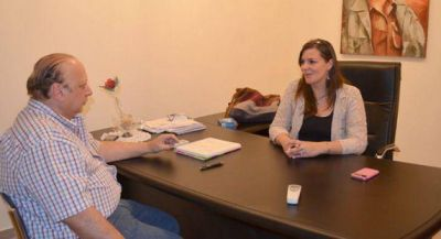 Martínez llano se reunió con la intendente Angelina