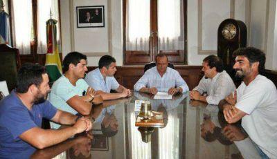 Sánchez se reunió con vecinos de Boca y guardavidas