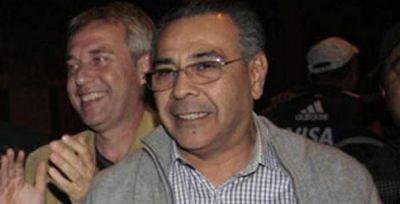 "Narchi amenaza con renunciar como vice ""Decano"""
