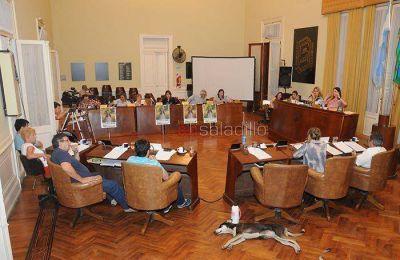 La Semana de la no violencia se inició en el Concejo Deliberante Integrantes del Colectivo