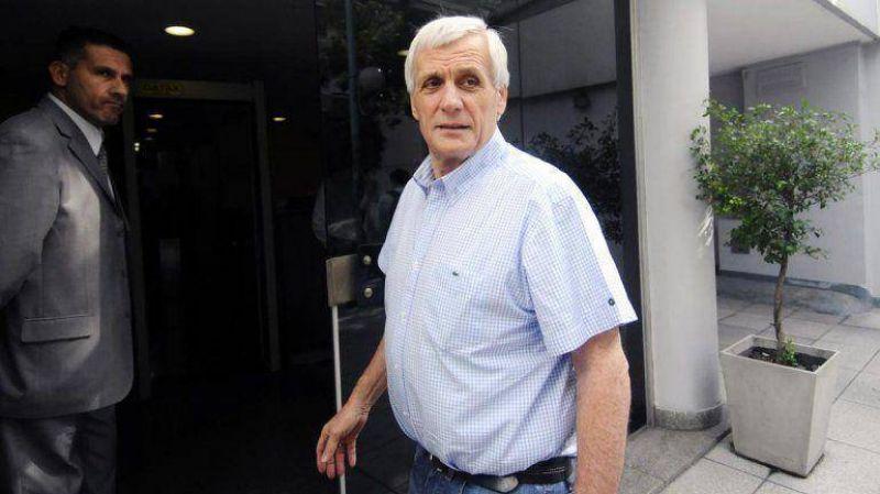 La CGT oficialista confirmó que pedirá eximir el pago del Impuesto a las Ganancias del aguinaldo