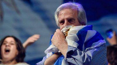 Nueva encuesta le da ventaja de 15 puntos a Vázquez en Uruguay