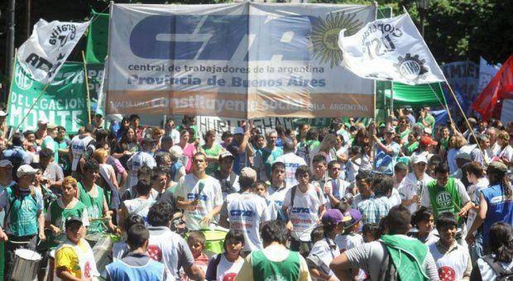 La CTA provincial se pliega al paro convocado a nivel nacional y se moviliza a Plaza de Mayo