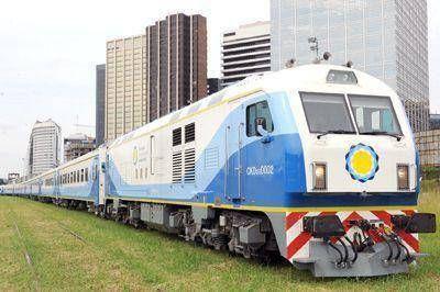 Prueban el primer tren cero kilometro entre la ciudad y Capital Federal