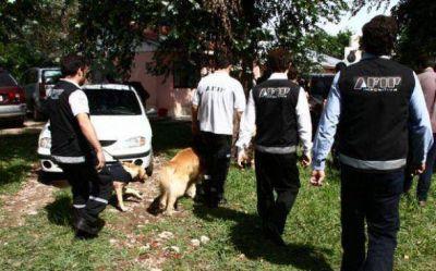 En un amplio operativo la AFIP desbarat� una banda de estafadores en Pilar