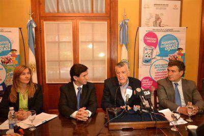 Gioja entregó los premios del concurso de OSSE