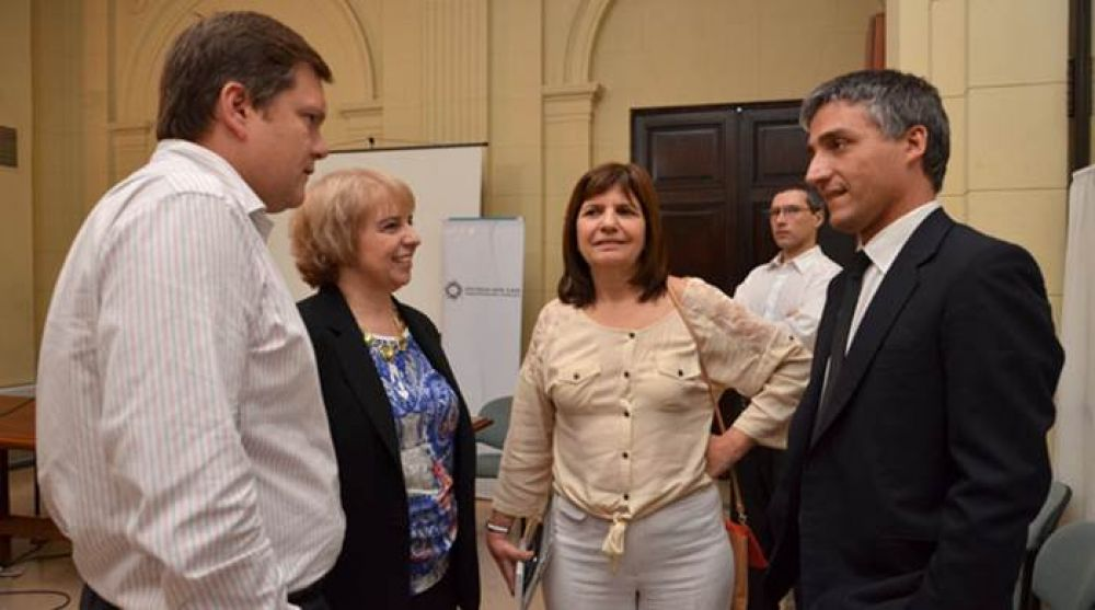 La Legislatura porteña repudió la persecución judicial contra La Brújula 24