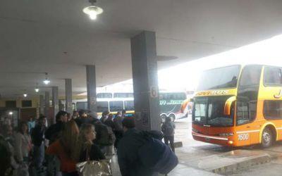 Intenso movimiento en la Terminal de Ómnibus