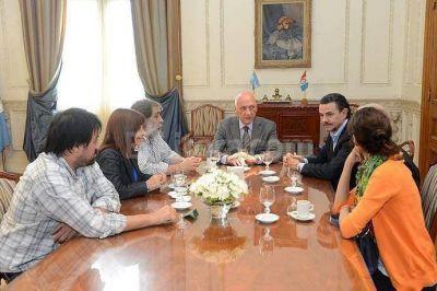 Bonfatti recibió a representantes de los sindicatos de Prensa de Rosario y Santa Fe