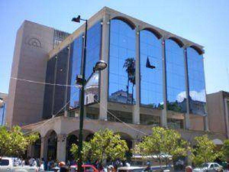 Empleados municipales de capital cobran mañana la primera cuota de los $2.250