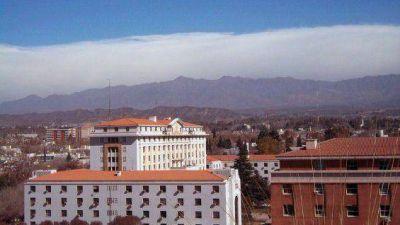 Informe sobre provincias: Mendoza no escapa a la recesión