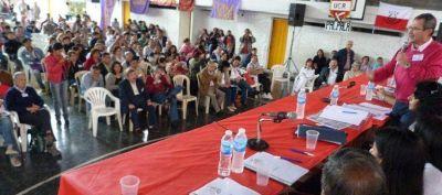 Radicales aprobaron la construcción de un frente y rechazaron la reforma constitucional
